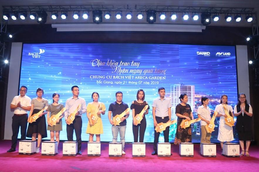 Bùng nổ giao dịch tại sự kiện mở bán KĐT Bách Việt