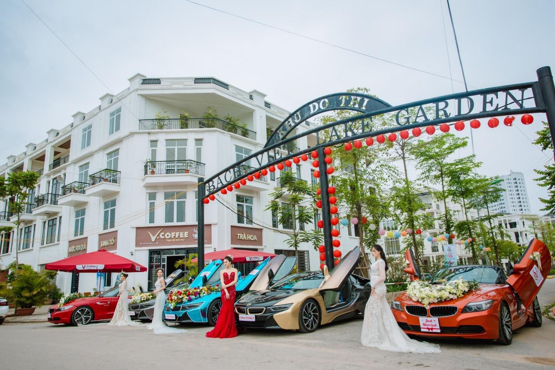 """Dàn siêu xe khủng """"náo loạn"""" Khu đô thị Bách Việt Lake Garden"""