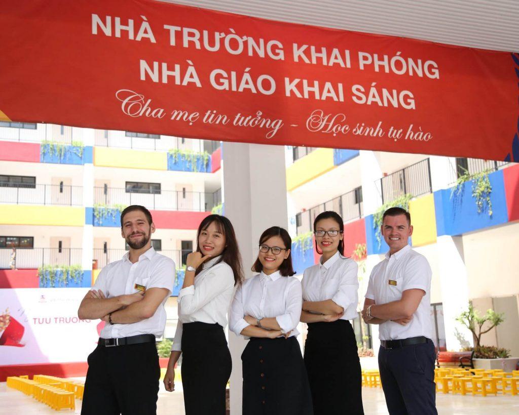 Đội ngũ giáo viên Tiếng Anh vui nhộn của Vietschool